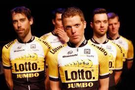 Giro 4 Twee keer op het asfalt lotto jumbo