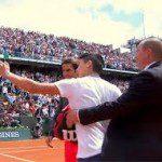 Federer onaangenaam verrast door 'selfie-incident'.