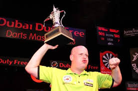 Van Gerwen wint Dutch Darts Masters dubai