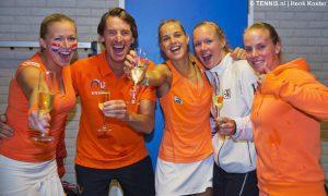 Tennis Fed Cup Kleinduimpje verslaat Russische reus 01