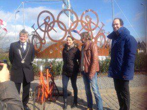 Wielrennen Marianne Vos weet weer wat juichen is kunstwerk