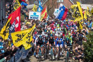 Wielrennen Vlaanderens Mooiste 2016 01 plaatje toeschouwers 2