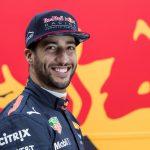Daniel Ricciardo collega of concurrent van Max Verstappen