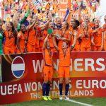 De Nederlandse voetbalvrouwen ook wel de Oranje leeuwinnen