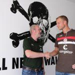 Volendammer Henk Veerman spits en cultheld van FC St. Pauli